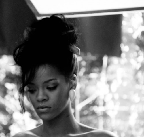 Rihanna - Where Have You Been video set