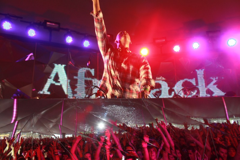 Afrojack: Rock the House