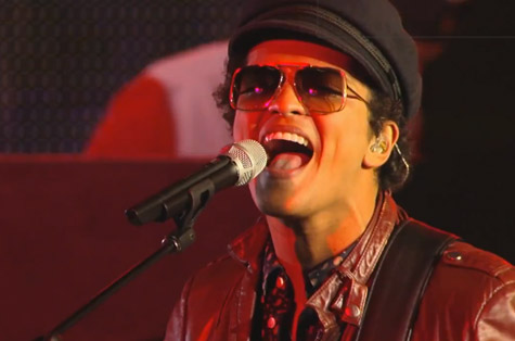 Bruno Mars - Locked Out Of Heaven @ Jimmy Kimmel Live