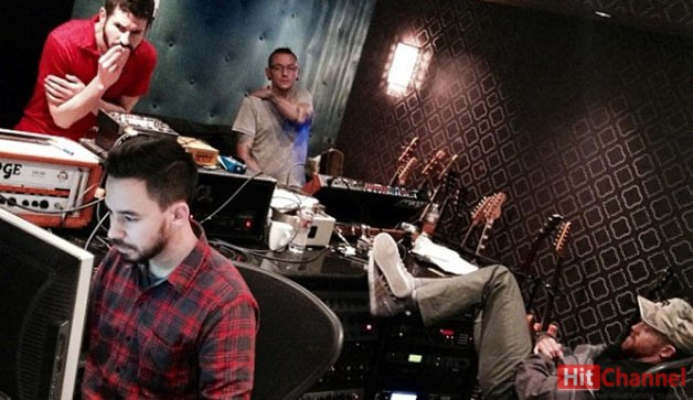 Linkin-Park-studio-2014