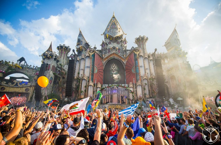 Τα 10 πιο Shazamed songs του Tomorrowland 2015