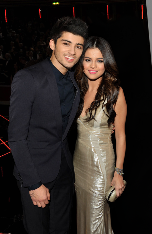 zayn-malik-and-selena-gomez-hit-channel -1