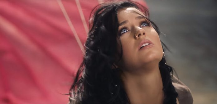 Katy Perry - Rise (video clip) - Hit Channel