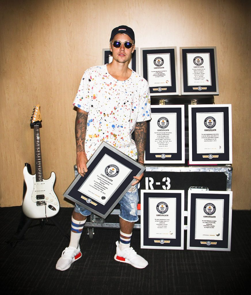 justin-bieber-guinness-world-records- Hit Channel