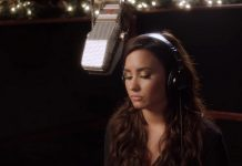 Demi Lovato - Silent Night - Hit Channel