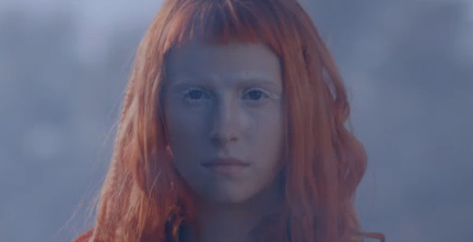 Paramore - Now (video clip)