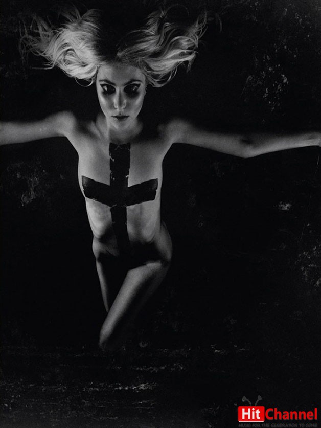 Taylor-Momsen-Super-Hot-in-The-Pretty-Reckless-Going-to-Hell-Album-Shoot-01