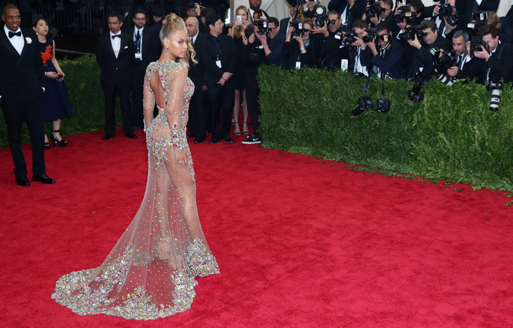 04 May 2015, New York City, New York State, USA --- ***MANDATORY BYLINE TO READ INFPhoto.com ONLY*** Jeremy Scott, Katy Perry attending the 'China: Through The Looking Glass' Costume Institute Benefit Gala at the Metropolitan Museum of Art in New York City. Pictured: Beyonce Knowles --- Image by © AO IMAGES/INFphoto.com/Corbis