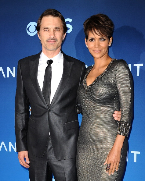 """LOS ANGELES, CA - JUNE 16:  Actor Olivier Martinez and actress Halle Berry attend the premiere of """"Extant"""" at California Science Center on June 16, 2014 in Los Angeles, California.  (Photo by Jason LaVeris/FilmMagic)"""