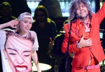 "Miley Cyrus και The Flaming Lips: ακούστε το ""We A Family"", το νέο single!"