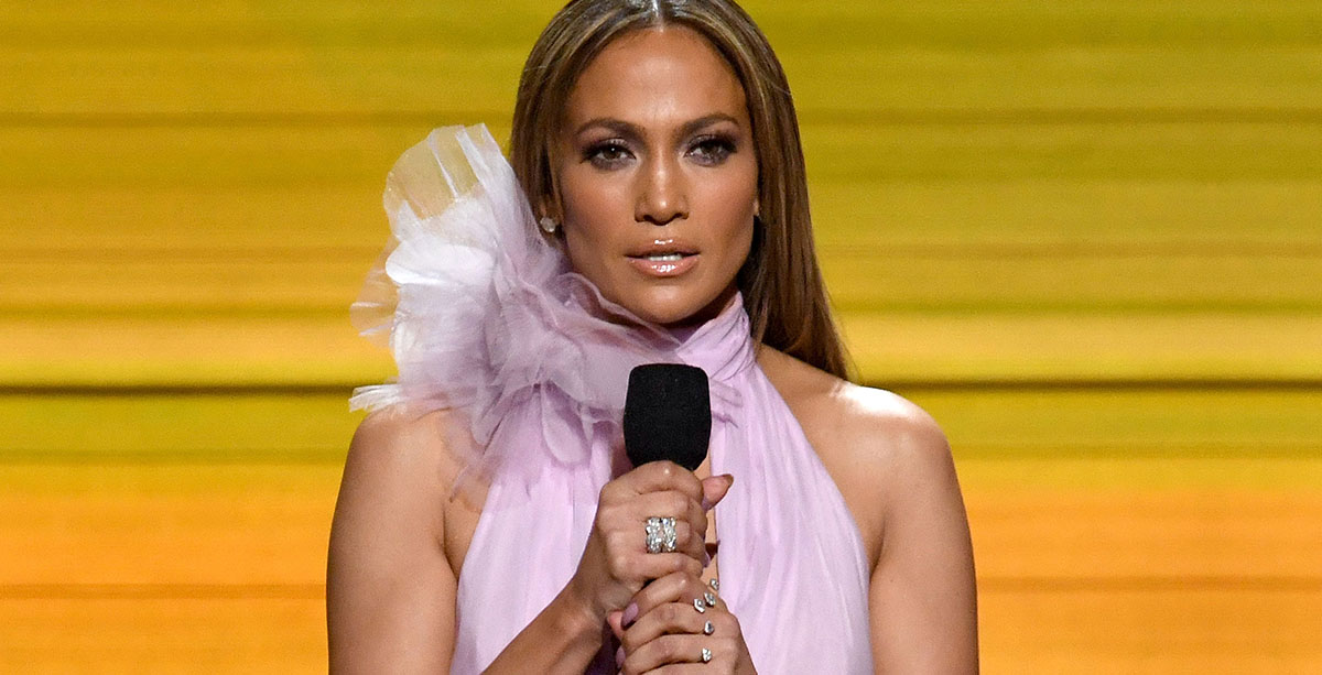 Jennifer Lopez - Grammy Awards 2017 - Hit Channel