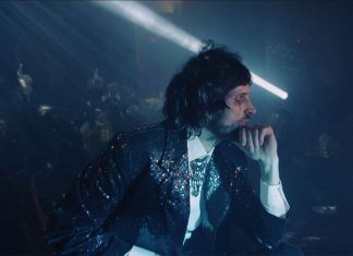 Kasabian - Are You Looking For Action