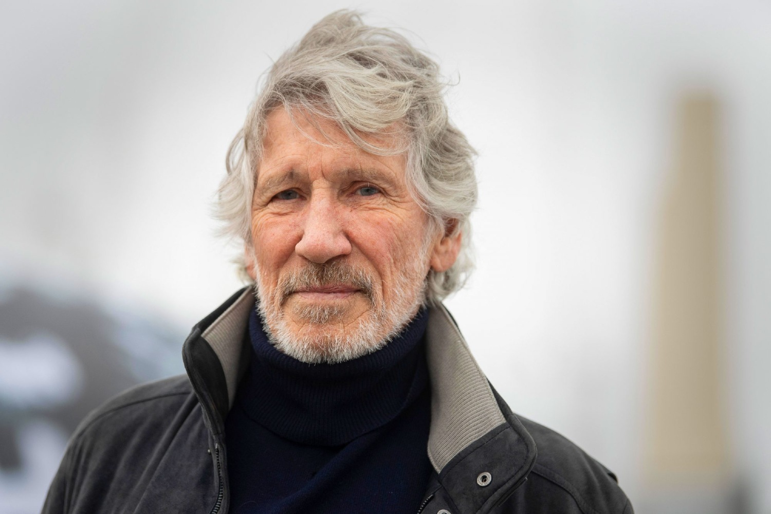 Roger Waters 10573626